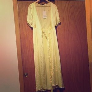 Zara yellow satin maxi dress, new with tags